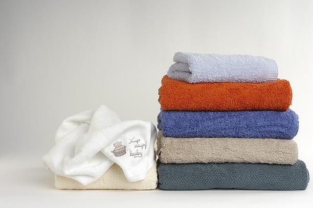 ドライヤー 乾かし方 髪 早い 時間 短縮 タオルがたくさん 6枚 たくさんの色
